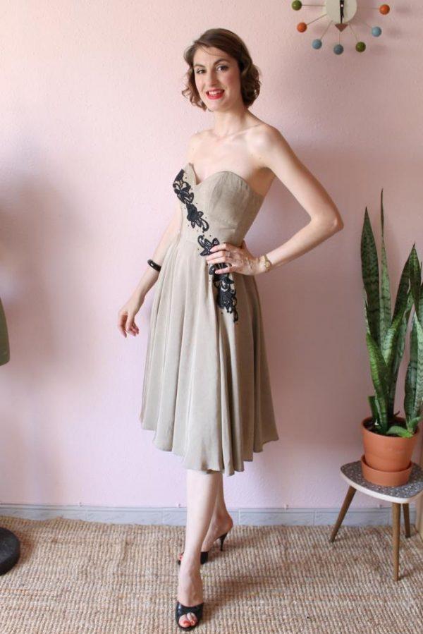 Diagonal dress beige silk 6 p