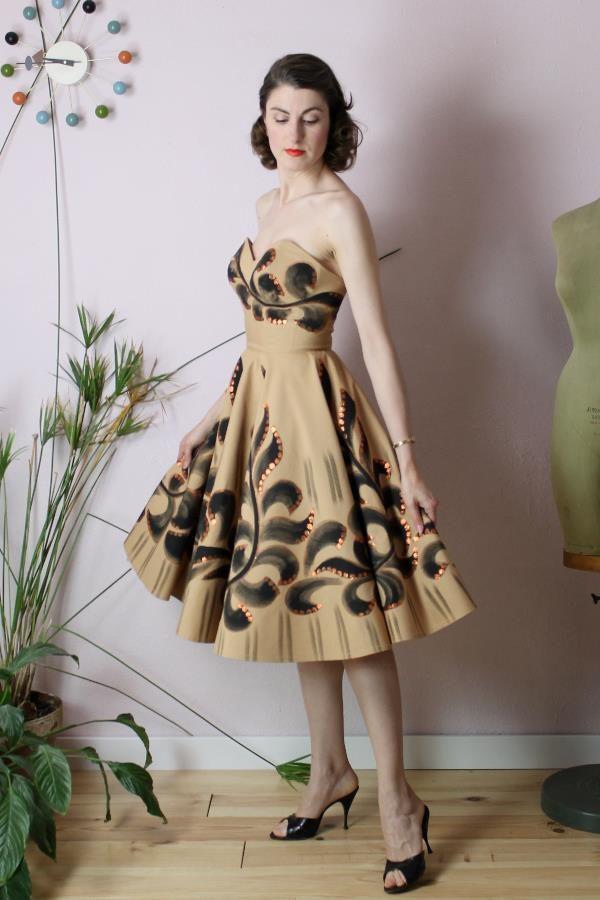 Petra handpainted dress4